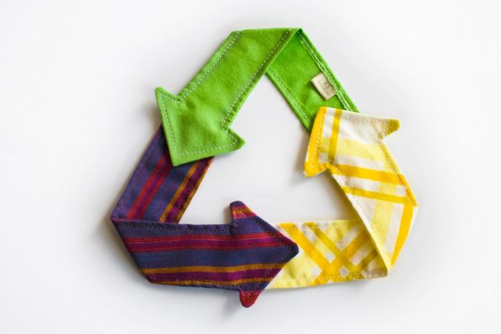 cloth-arrows-clothing-recycling