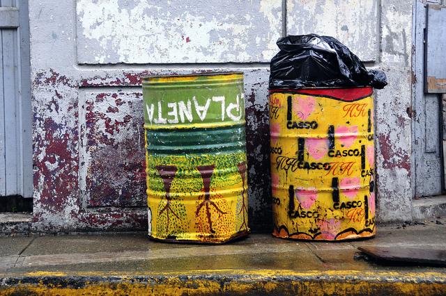 Rubbish bins - Sue Kellerman Flickr
